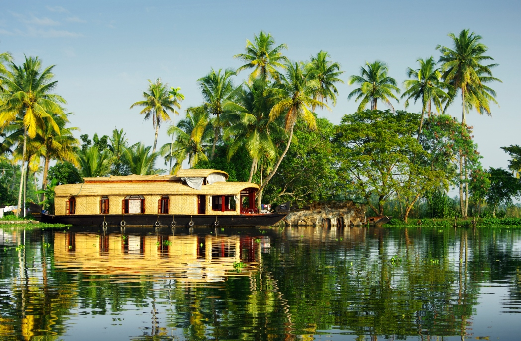 Best tourist places in India: Kerala backwaters