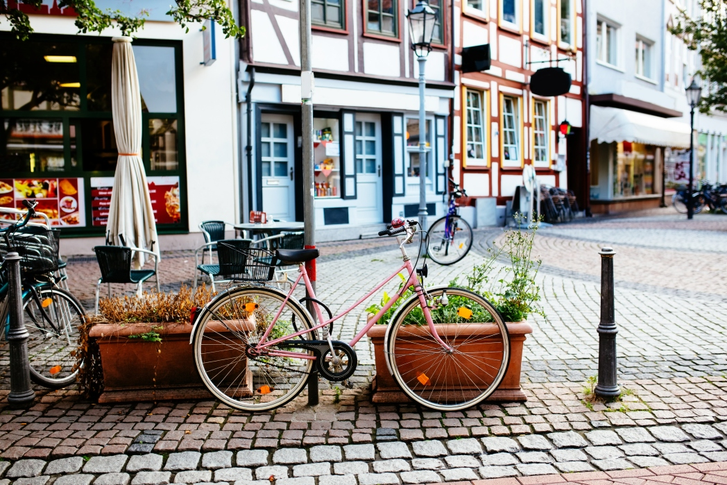 Renting a bike in Amsterdam is one of the best ways to the see city