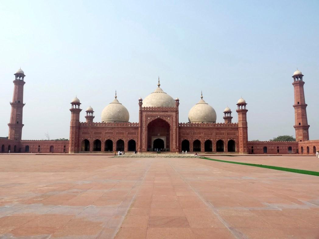 Most beautiful places in Pakistan: Badshahi Mosque